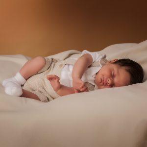miguel civantos fotógrafo de niños newborn y bautizos en asturias
