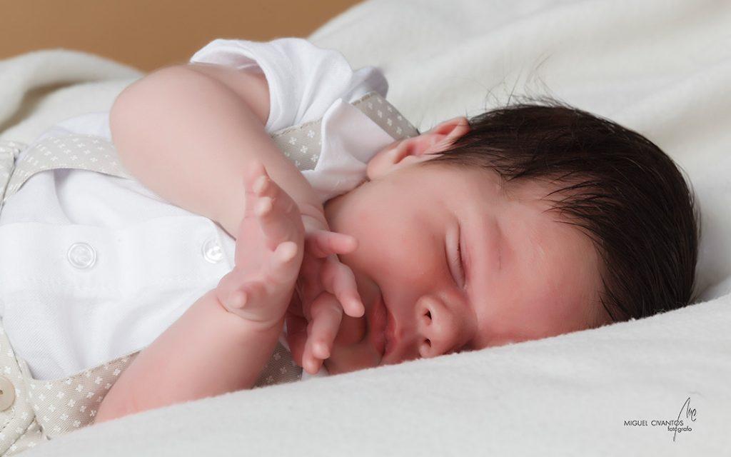 Miguel Civantos, fotógrafo de Bebés en Asturias