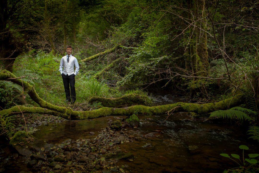 ¿Que puedo hacer con una pareja de novios en un rio?
