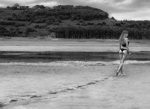 Book en la playa de Rodiles de Lucía